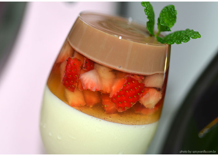 taca dos apaixonados receita - #CinthiaNaCozinha |Sobremesa de morango, champagne e nutella para o dia dos namorados