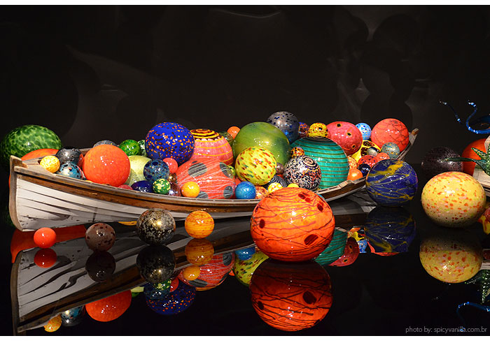 Chihuly_Garden_glass_seattle