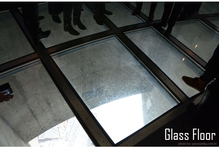 cn_tower_glass-floor