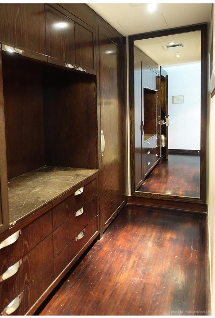 mandarin-oriental-las-vegas-closet