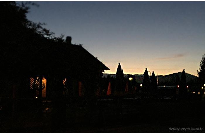 balao-napa-valley-noite