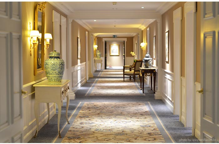 corredor hotel du lac - Dica de Hotel   Grand Hotel Du Lac Vevey na Suiça