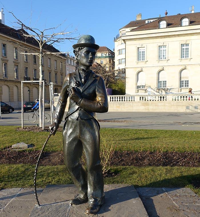 estatua chaplina vevey - Chaplin's World | Museu e mansão de Charlie Chaplin em Vevey na Suíça