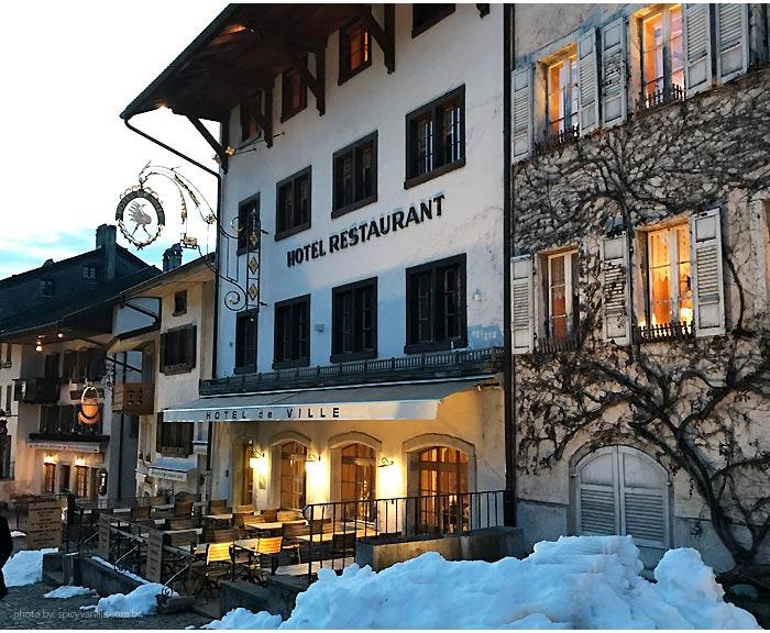 gruyere hotel - Gruyères de Trem | Um dia com queijos, chocolates e paisagens