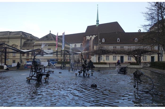 fonte tinguely basel basileia - Basel (Basileia) na Suiça | Hotéis, restaurantes, passeios e dicas da cidade