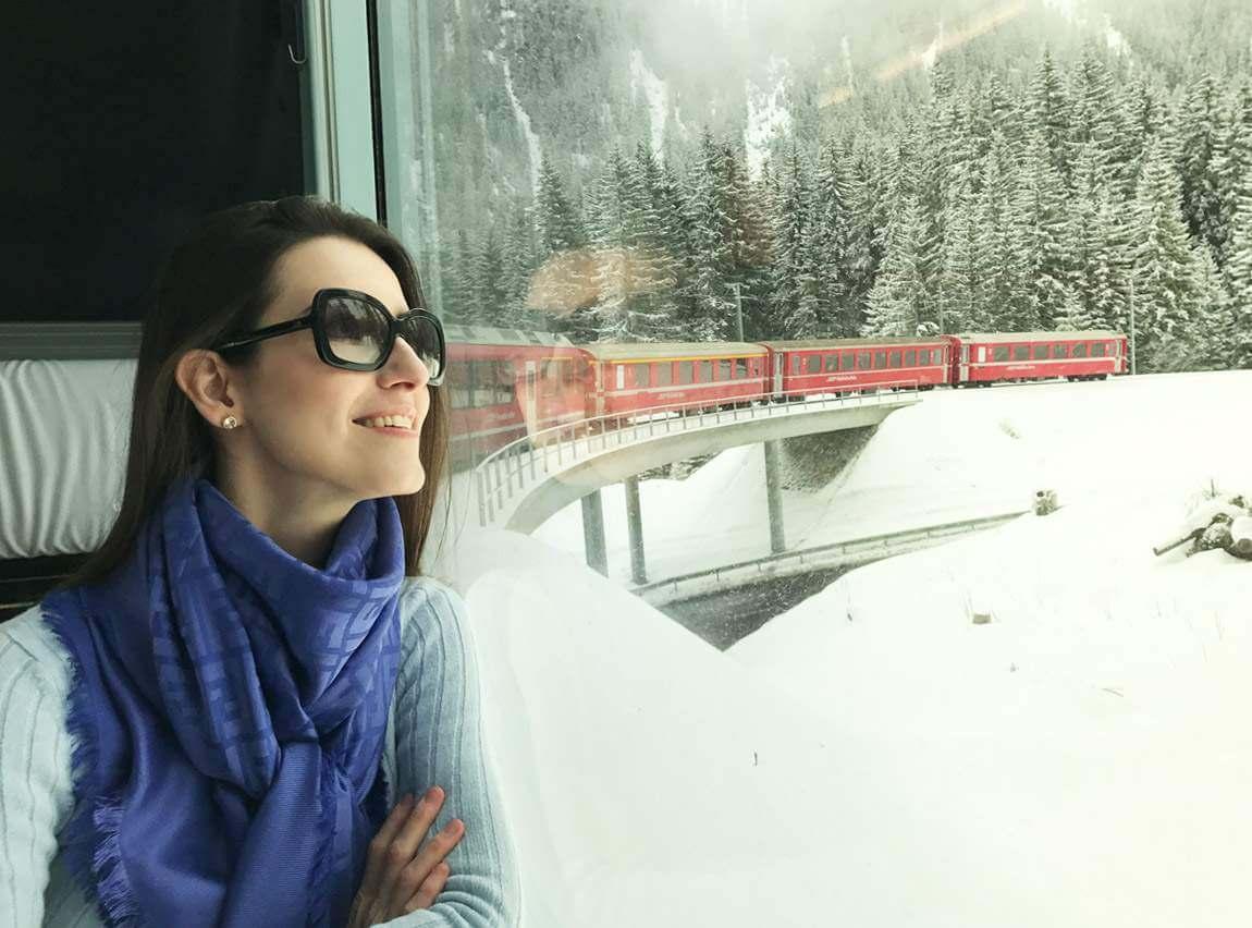Arosa Line | A viagem pelas montanhas nevadas de Chur até Arosa na Suíça