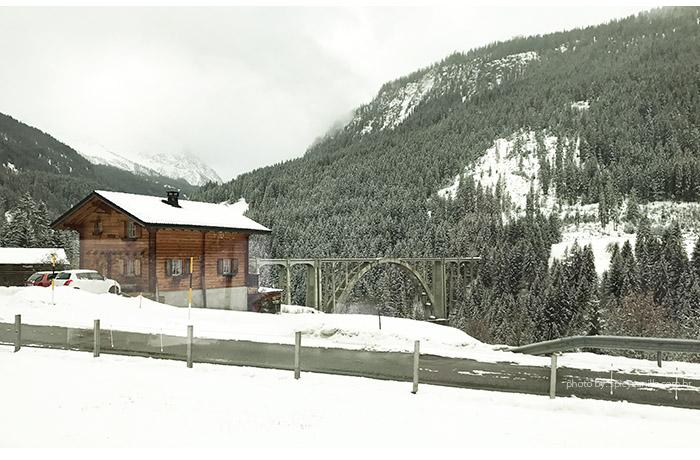 tem arosa chur ponte - Arosa Line | A viagem pelas montanhas nevadas de Chur até Arosa na Suíça