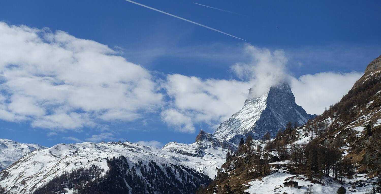 Um passeio por Zermatt, uma das cidade mais fofas da Suíça onde fica o Matterhorn